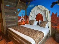 Gardaland Adventure Hotel - Themed Room Wild West Adventure - Adults Area